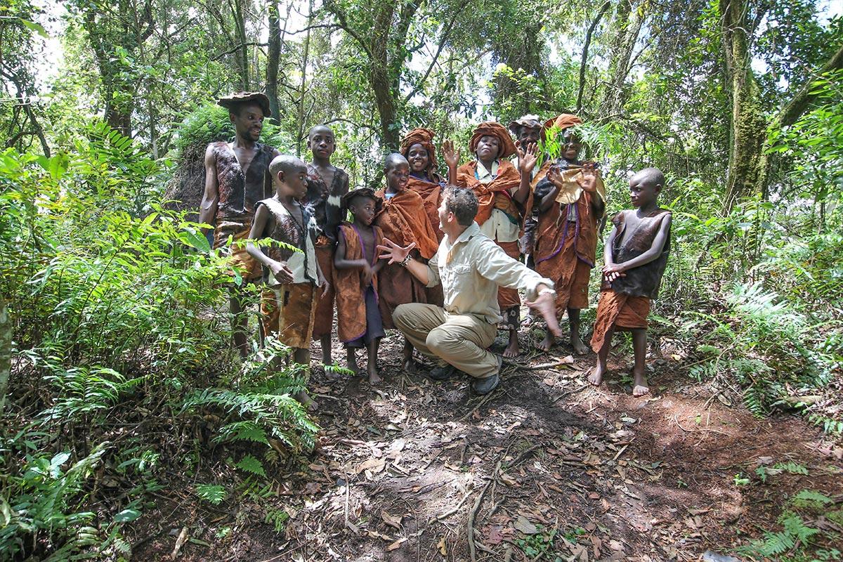 Nkuringo Safaris