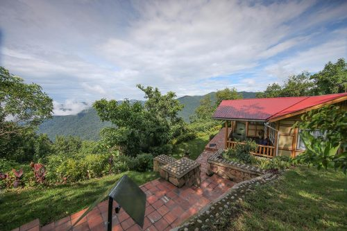 Nkuringo Bwindi Gorilla Lodge luxury